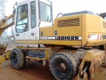 Liebherr A902 Litr.4P экскаватор колёсный б/у
