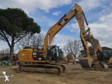 Caterpillar 323EL excavator pe şenile second-hand