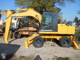 Furukawa 625E MANUTENTION excavator pe roti second-hand