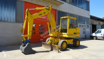 Macmoter m1256 excavator pe roti second-hand