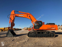 Doosan DX 520LC excavator pe şenile second-hand