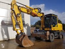 Komatsu PW180 escavatore gommato usato