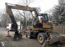 Hydrema M1500 excavator pe roti second-hand