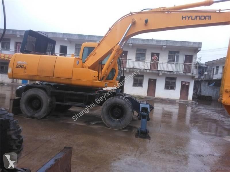 View images Hyundai R200 W 7  excavator