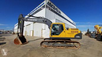 Excavadora excavadora de cadenas Volvo EC 210 B N LC