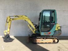 Escavadora Yanmar B25 mini-escavadora usada