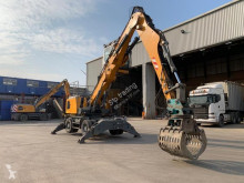 Pelle de manutention Liebherr LH24 M