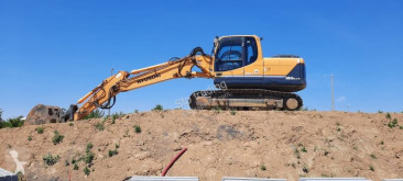 Hyundai ROBEX 180NLC-9 used track excavator