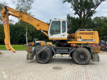 Liebherr 934 Litronic pelle de manutention occasion