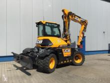 Excavator pe roti JCB HydraDig 110W Premium-Paket