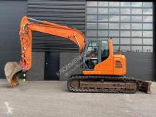 Doosan DX 140 NLC escavadora de lagartas usada