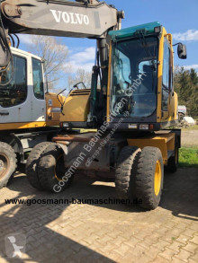 Escavadora Volvo EW 160 B escavadora de rodas usada