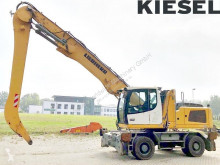 Pelle de manutention Liebherr LH30