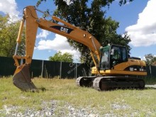 Used track excavator Caterpillar 323D