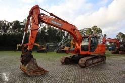 Doosan DX225 LC excavator pe şenile second-hand