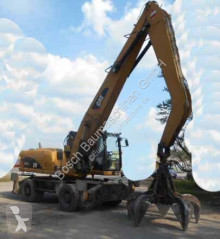 Pelle de manutention Caterpillar M322 DMH