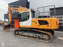 Liebherr R922LC pásová lopata použitý