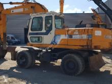 Escavadora Hyundai usada