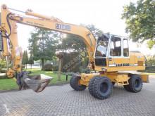 Liebherr A902 pelle sur pneus occasion