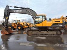 Volvo EC300DNL excavator pe şenile second-hand