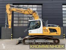 Liebherr 922 R SLC | Dozerblade excavadora de cadenas usada