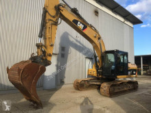 Caterpillar 323 D L excavator pe şenile second-hand