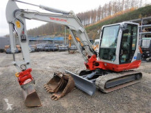 Mini kepçe Takeuchi TB250 mit Powertilt