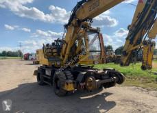 Liebherr 900 Litronic escavadora trilho/estrada usada