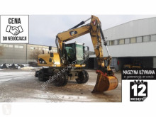 Pelle sur pneus Caterpillar CL