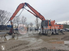 Hitachi ZX210W pelle de manutention occasion