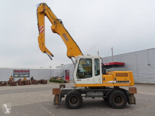 Pelle de manutention Liebherr A 904