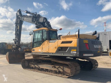 Volvo EC 250 D L used track excavator