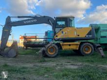 Escavatore gommato Volvo EW160