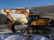 Hyundai HX260 NL excavator pe şenile second-hand