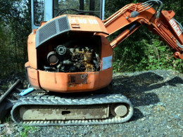 Mini pelle Hitachi EX30UR