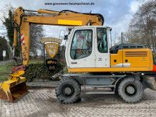Liebherr A 900 C Litronic escavatore gommato usato