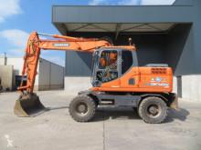 Escavatore gommato Doosan DX 140 W