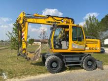 Escavatore gommato Liebherr A900C Litronic