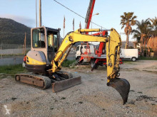 Mini kepçe New Holland E35-2C