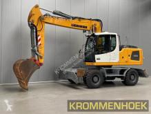 Liebherr A 920 pelle sur pneus occasion