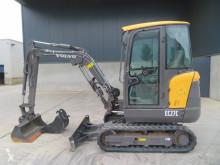 Excavadora Volvo EC 27 C miniexcavadora usada