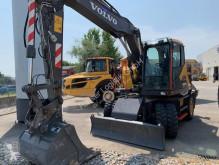 Excavadora Volvo EWR 150 E excavadora de ruedas usada