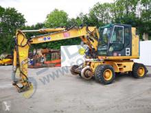 Excavator pe roti Case WX210