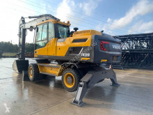 Excavadora Volvo EW 205 D excavadora de ruedas usada