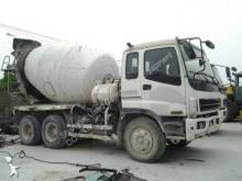 автобетоносмеситель / бетоновоз Isuzu