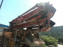 Isuzu concrete pump truck