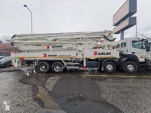 Junjin used concrete pump truck