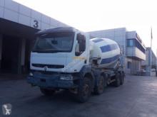 pompe à béton Renault