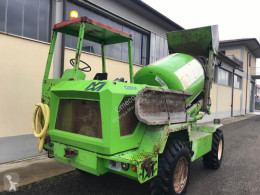 Merlo DBM2000 used concrete mixer