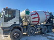 Iveco Cursor 480 betoneira usada